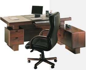 рабочий письменный стол